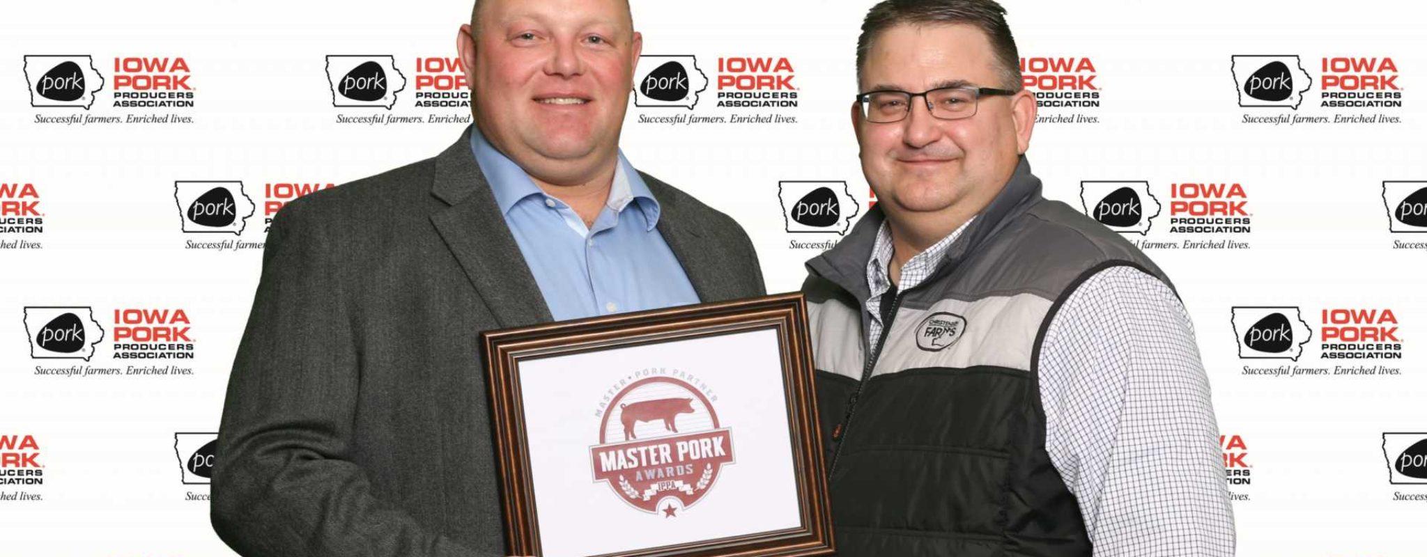 CF Livestock Hauler Recognized as Iowa Master Pork Partner